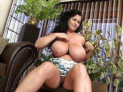 Big natural tits mature milf