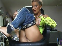 Milf secretary amature