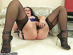 Mature women in stockings fucking