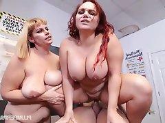 Sexy BBW Milf has sex