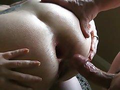Milf close up ass