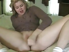Girl black eyed peas naked