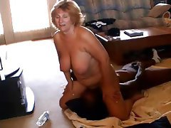 Cuckold mature woman