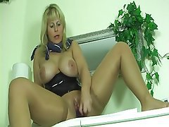 Milf masturbating in pantyhose
